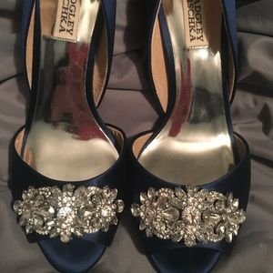 Shoes - 💕Host Pick💕Mother of the Bride Navy Shoes